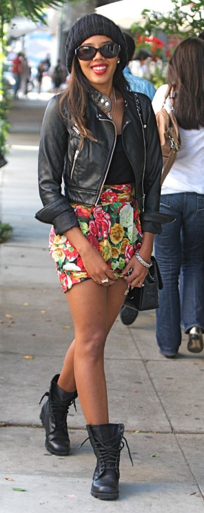Angela Simmons on Robertson Blvd 01