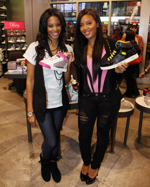 Vanessa Angela Foot Locker NYC 02