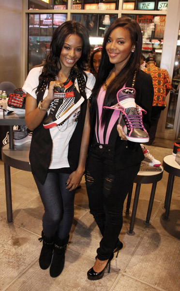 Vanessa Angela Foot Locker NYC 03