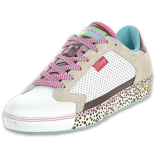 pastry white chocolate chip fab cookie shoe
