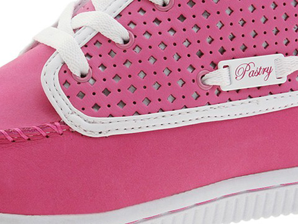 Pastry Glam Chukka in Candy