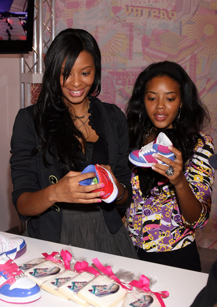 Angela and Vanessa Simmons Pictures | Pastry Shoes