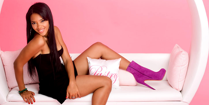 Angela Simmons in Daddy's Girls