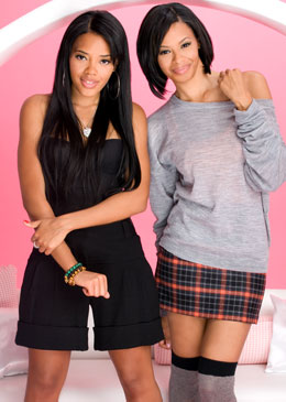 Angela and Vanessa Simmons promo for Daddy's Girls