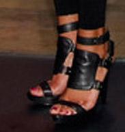 lynns-heels