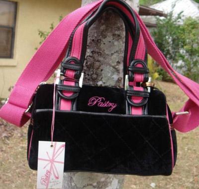 pastry-black-n-pink-handbag-04