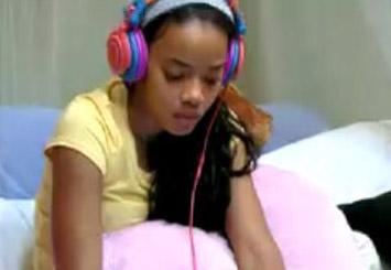 angelas-headphones
