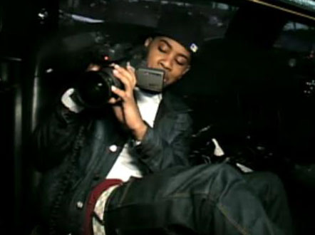 jojo-shoots-diggy-in-the-limo