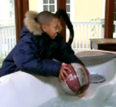 russy-washing-balls-in-jacuzzi