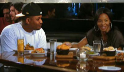 Mike Wayans joins Rev. Run, Vanessa and Angela for dinner.